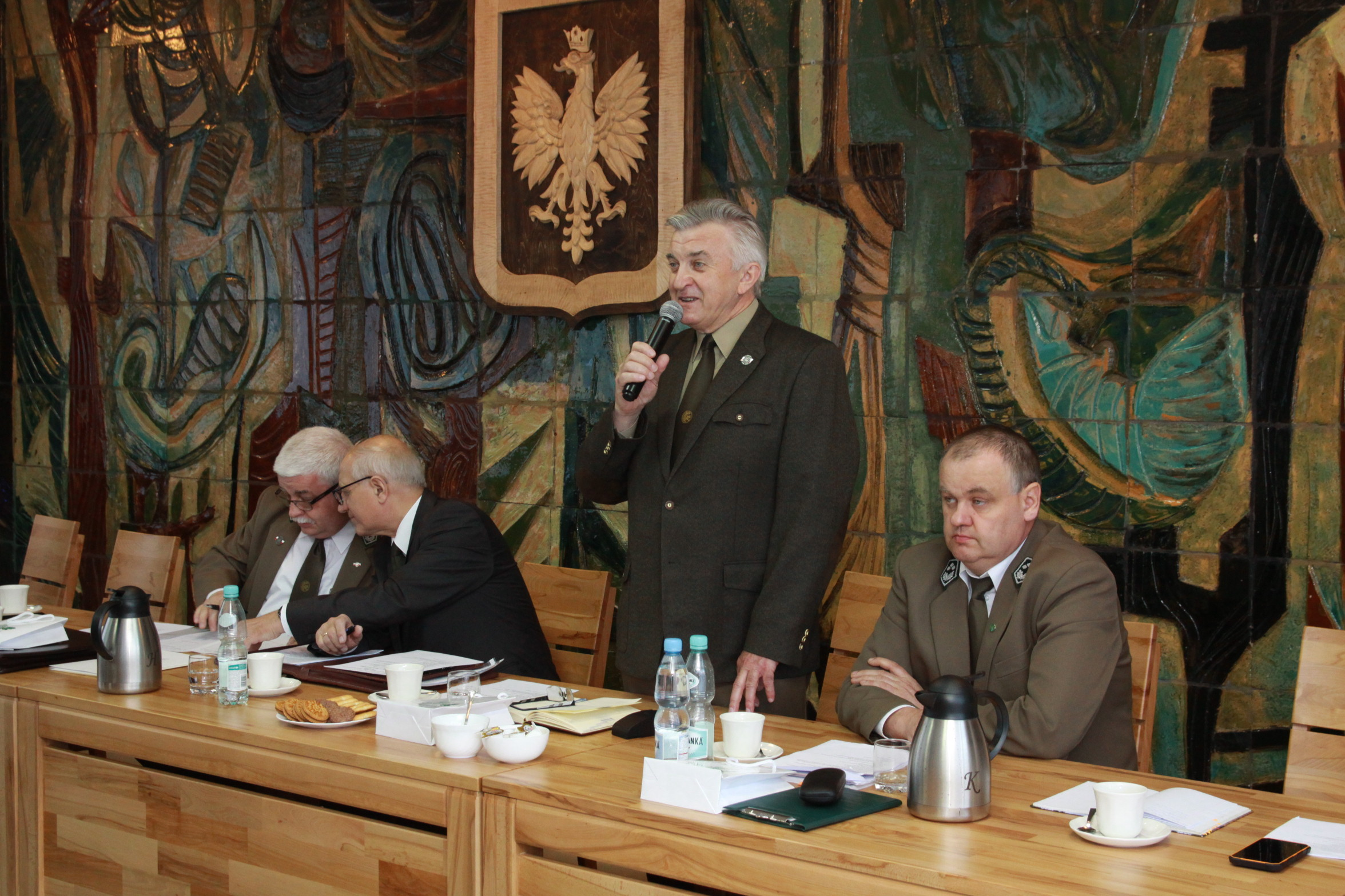 Fot. 1 Prezydium Zjazdu- od prawej Gerard Sulej, Paweł Kania, Andrzej Borkowski, Mirosław Choroś