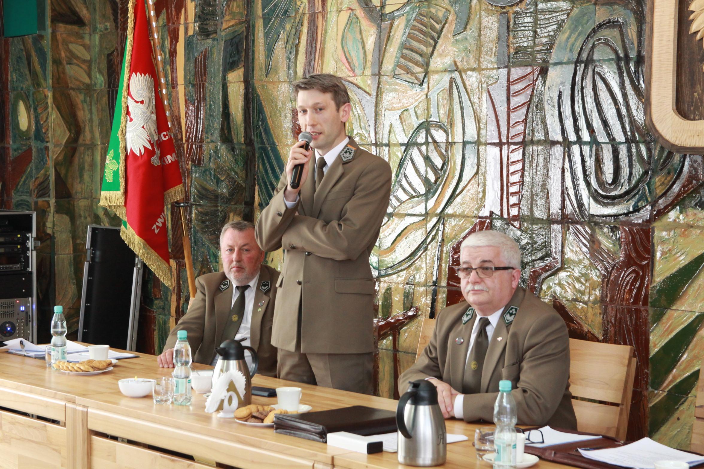 Fot. 5 Głos zabiera Dyrektor RDLP w Olsztynie Mariusz Orzechowski